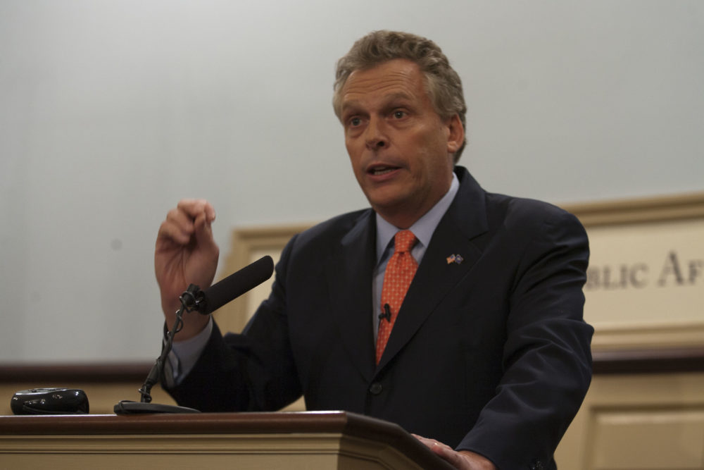 Terry McAuliffe to Headline Arlington Democrats' May 11 Blue Victory Dinner